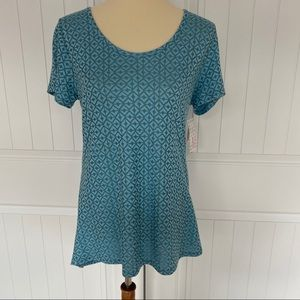 LulaRoe 🔥SALE🔥 NWT Classic T top size small